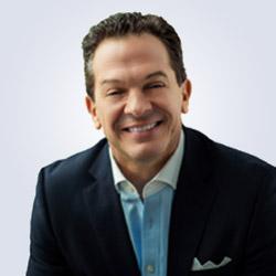 Bob Buzzelli, Senior Managing Director, Co-head Wealth Management Group